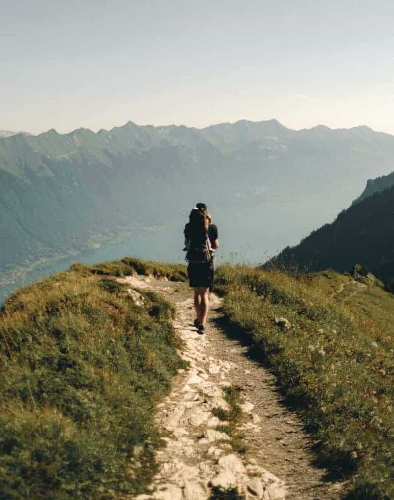 hiking-training-for-survival