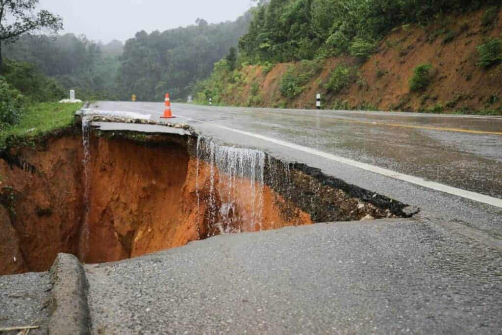 Trying to survive a landslide on a collapsed road